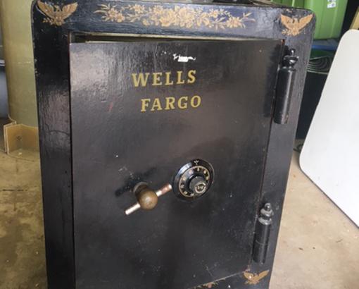 Old Antique Safe Locksmith Services